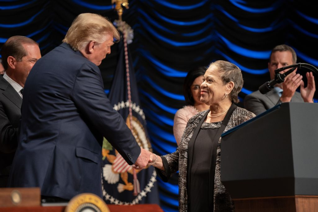 President Donald J. Trump thanks DPC Board Member Nancy Scott prior to signing an Executive Order on Advancing American Kidney Health Wednesday, July 10, 2019, at the Ronald Reagan Building and International Trade Center in Washington, D.C. (Official White House Photo by Shealah Craighead)